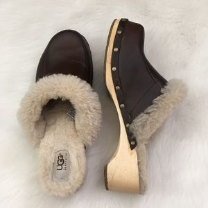 Brown Leather Ugg Clog Sherpa Lined